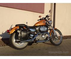 Harley Sportster 883.