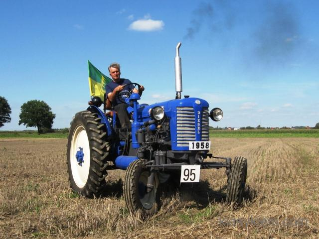 Traktor Zetor 25K